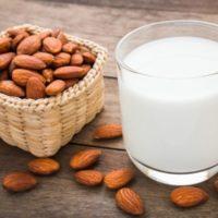 La leche de almendras
