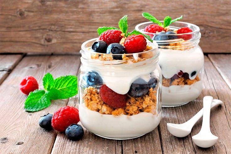Receta de parfait, desayuno rico y nutritivo