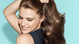Cómo alisar el cabello de forma natural