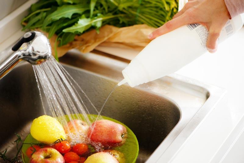 Lavar las frutas y verduras correctamente