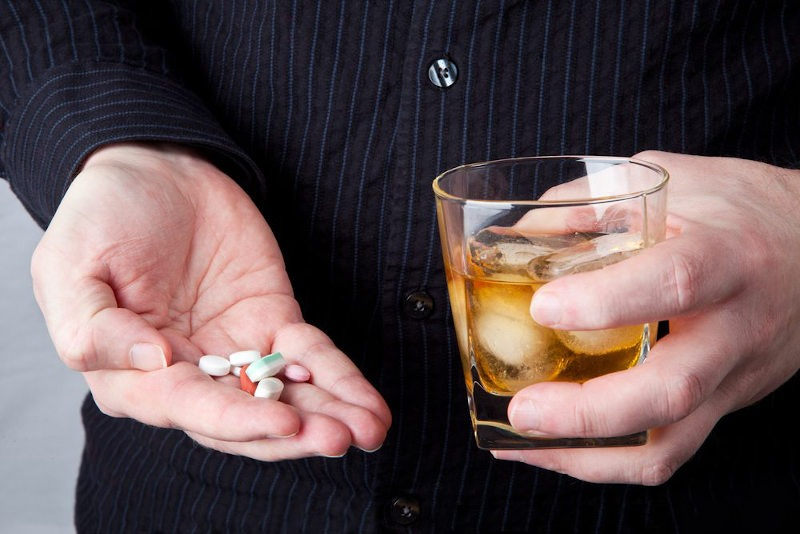 Amoxicilina y alcohol