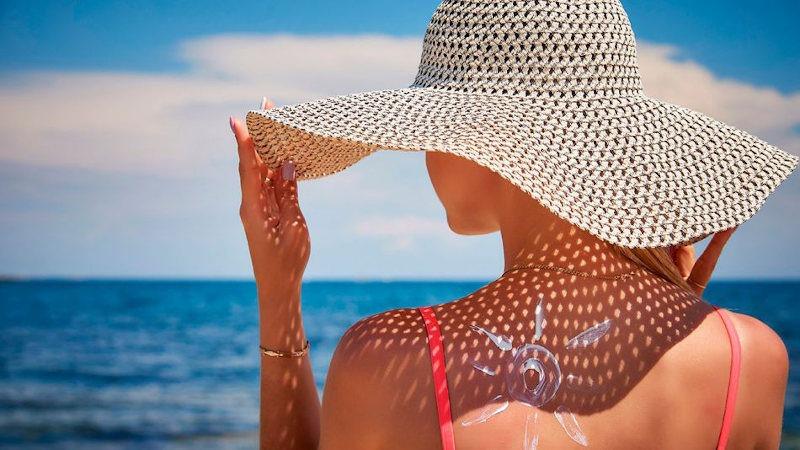 Cómo evitar los principales problemas de piel a causa del verano